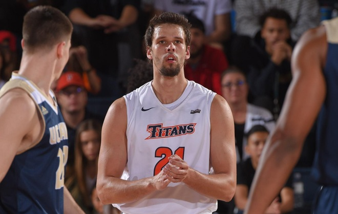 Men's Basketball Heads to Long Beach State on Saturday