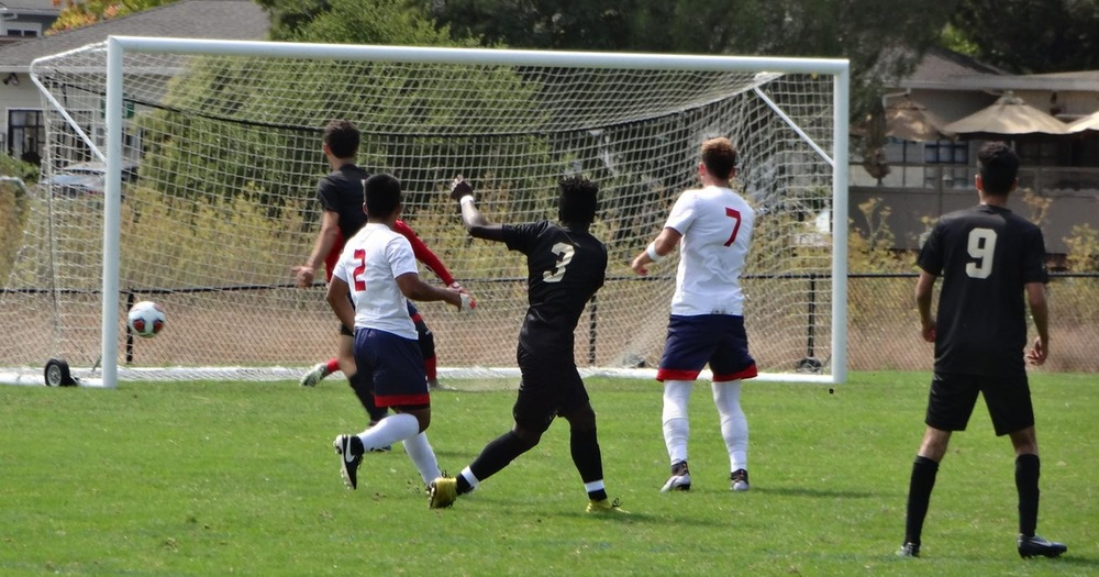 COM Men's Soccer Draws 3-3 With Siskiyous in Exciting Midday Affair