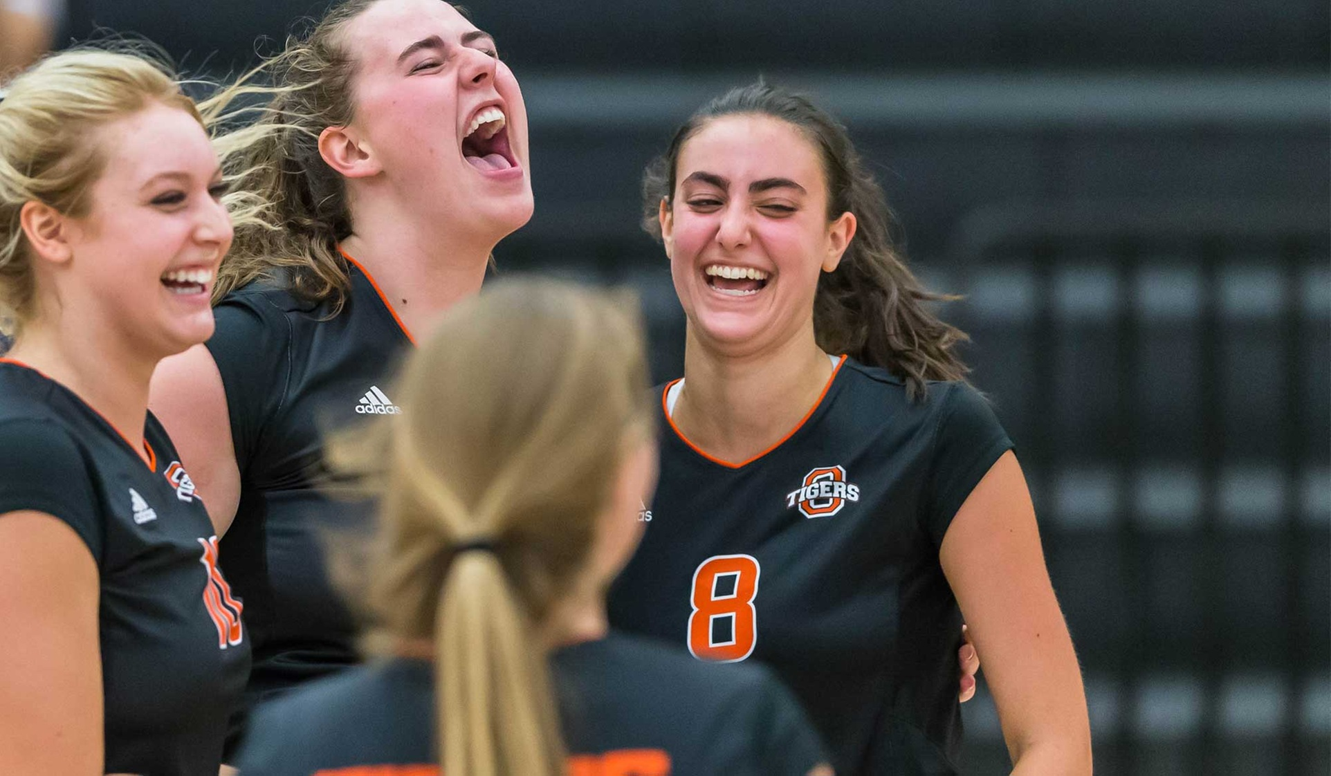 Oxy Beats Redlands for First SCIAC Win