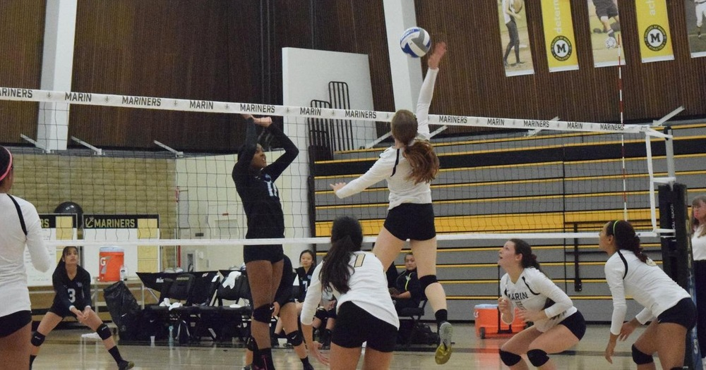 Mariners Volleyball Extends Winning Streak With 3-0 Win Over Contra Costa