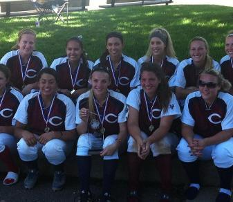 The 23U USA Comets, including Felician's Ciera Clark (bottom, 2nd from right) won the ASA Fastpitch Pacific Northest NIT on June 30. (Photo courtesy Ciera Clark.)