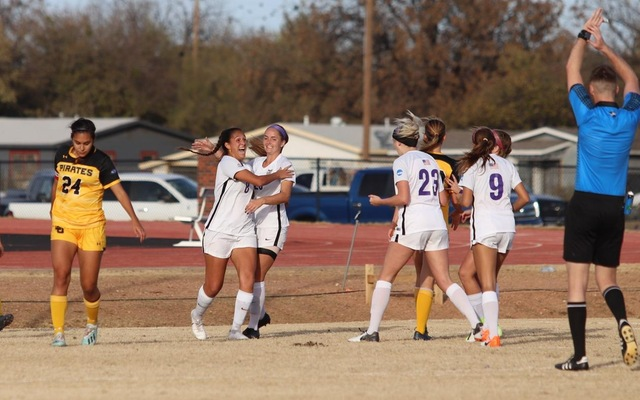 Cowgirls Advance, Win First Round 4-1 Over Southwestern