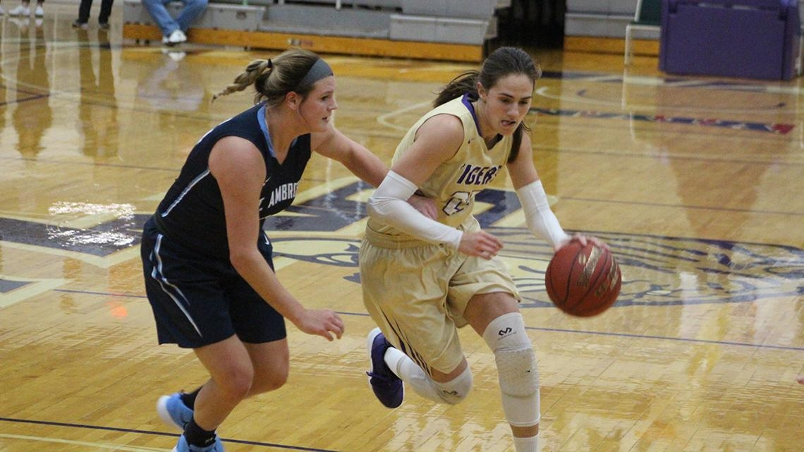 Olivet Nazarene (Ill.) sets women's college basketball record