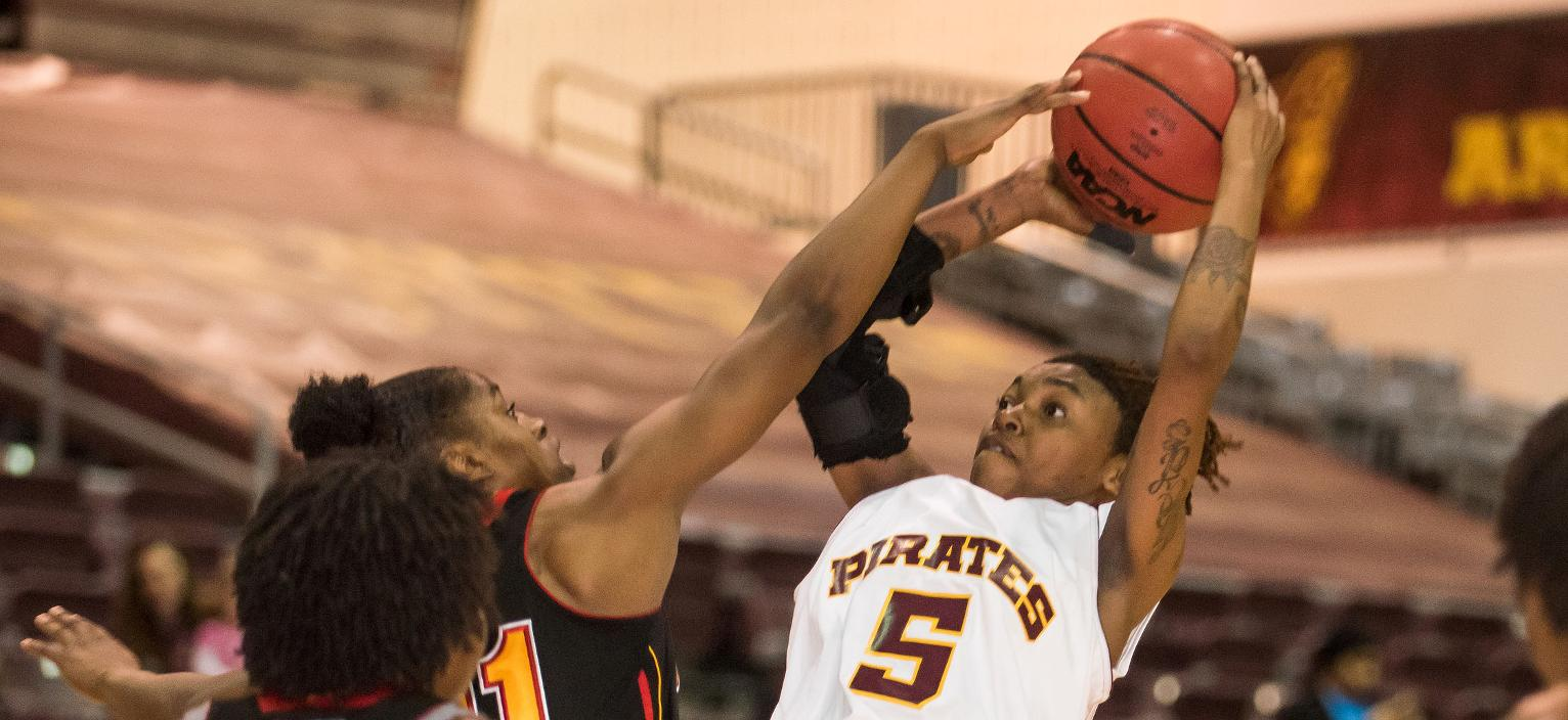 Pirates Pick Up 72-60 Senior Day Win Over Braves On Saturday