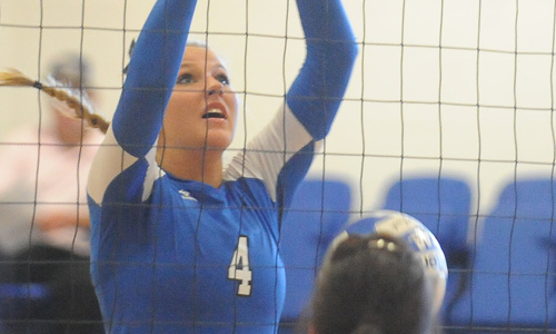 Chelsea Larsen has eight kills and five digs in loss