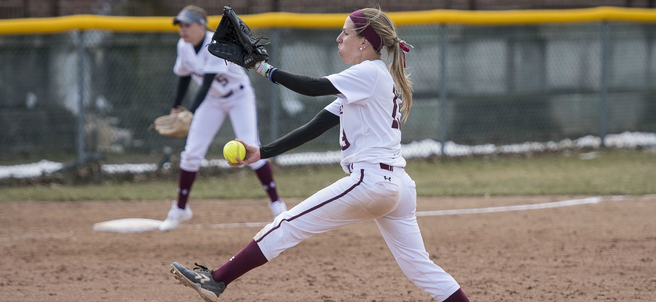 Softball Cruises to NEWMAC Doubleheader Sweep of Clark
