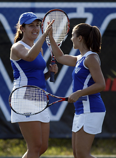 Tennis Competes at Bowdoin Invitational