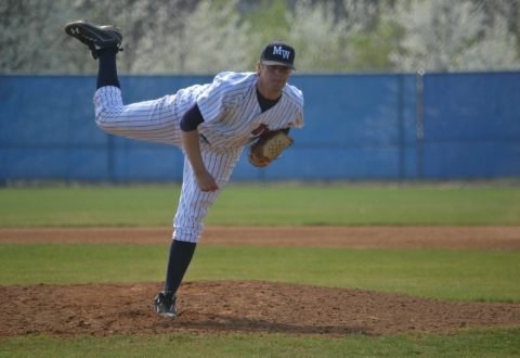 UMW Baseball Blasts Catholic, 13-3