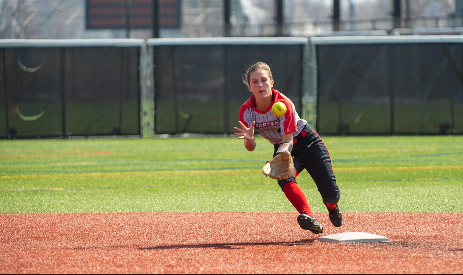 Softball Sweeps Alfred State with Strong All-Around Performance