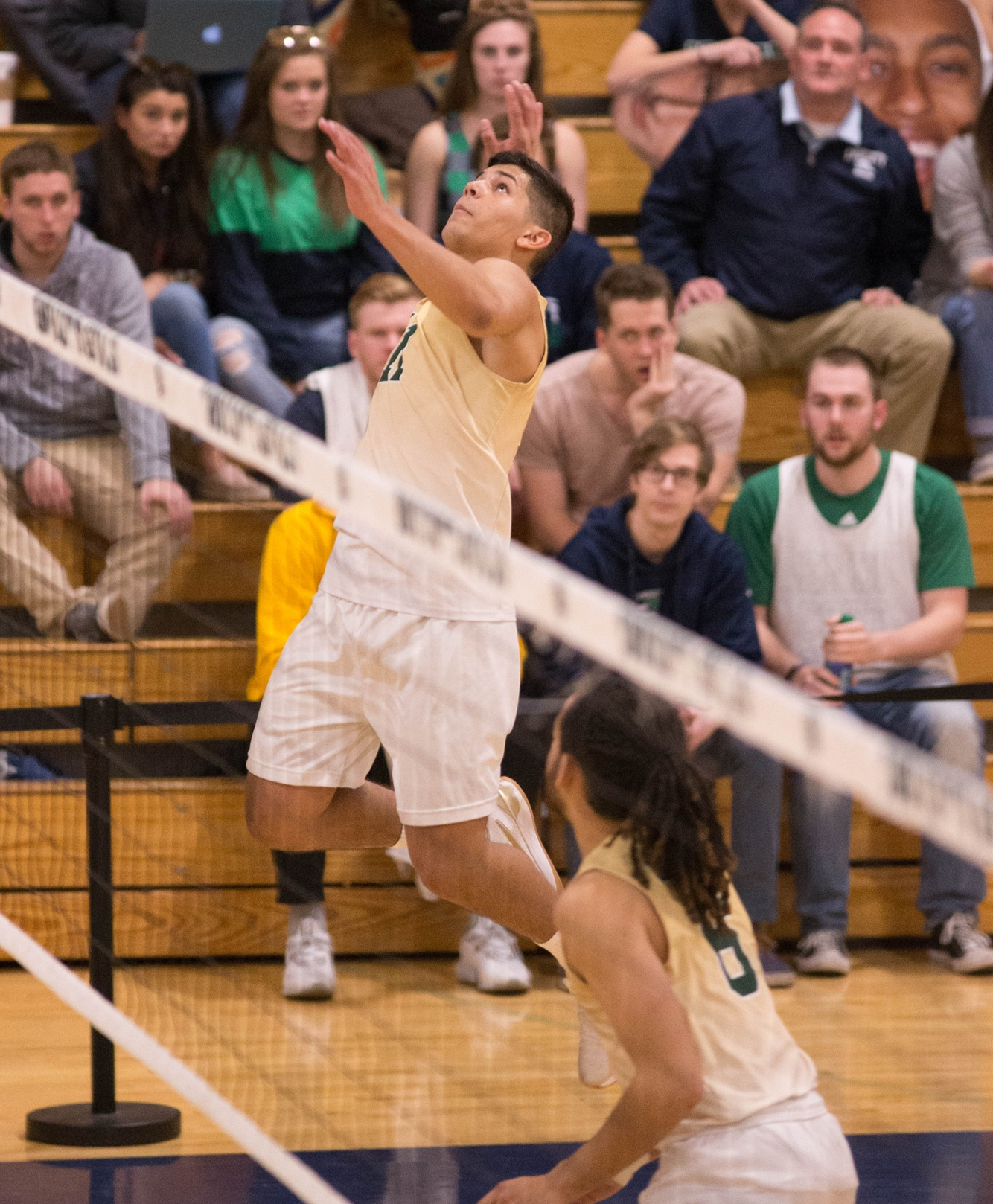Men's Volleyball Picks Up Seventh Win