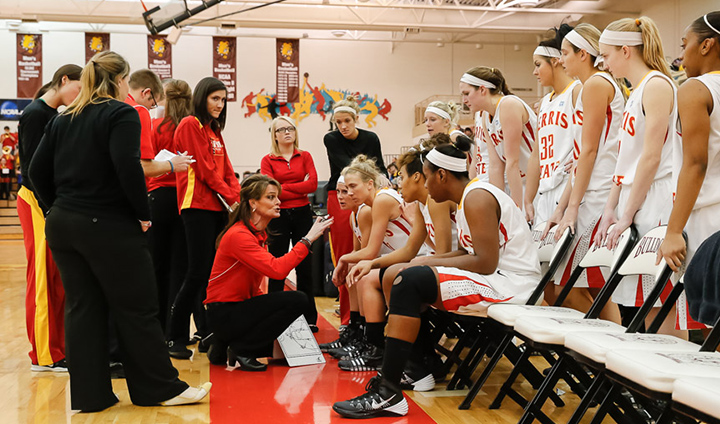 PREVIEW: Women's Basketball Hosts #21 Wayne State & Travels To SVSU This Week