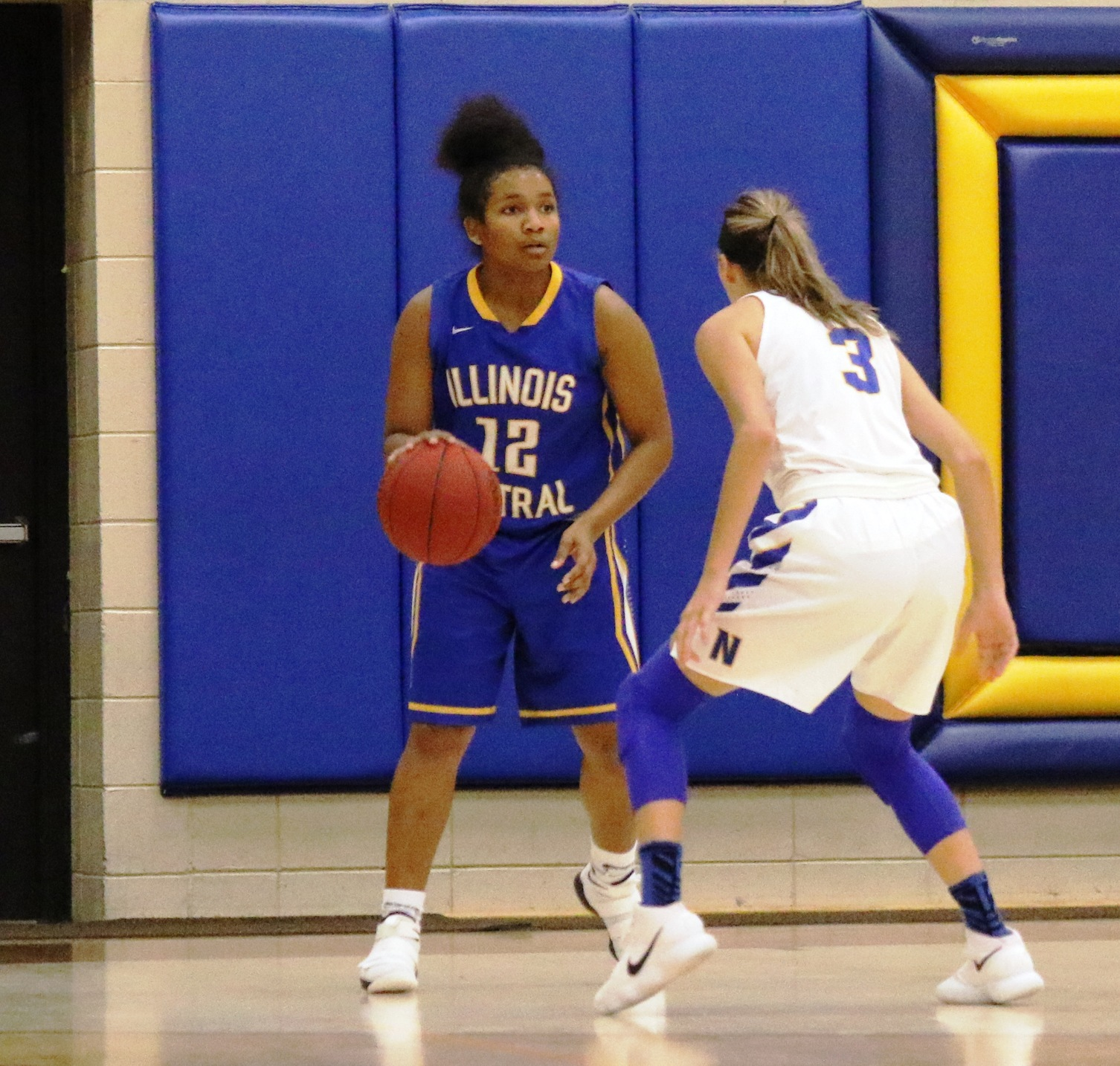 NIACC's Taylor Laabs defends during Friday's game against Illinois Central.