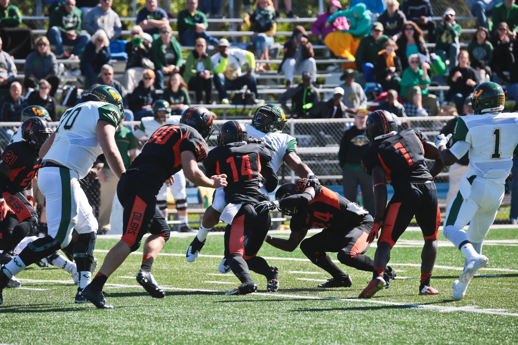 Records Broken in Loss to Wayne State