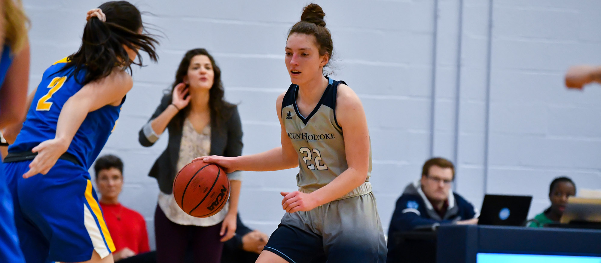 Basketball Drops NEWMAC Decision to Wellesley
