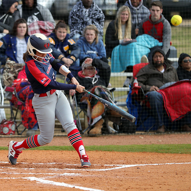No. 10 Indians split on the road with Bevill State