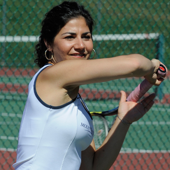 Tennis Splits First Two Matches at Seven Sisters Championship