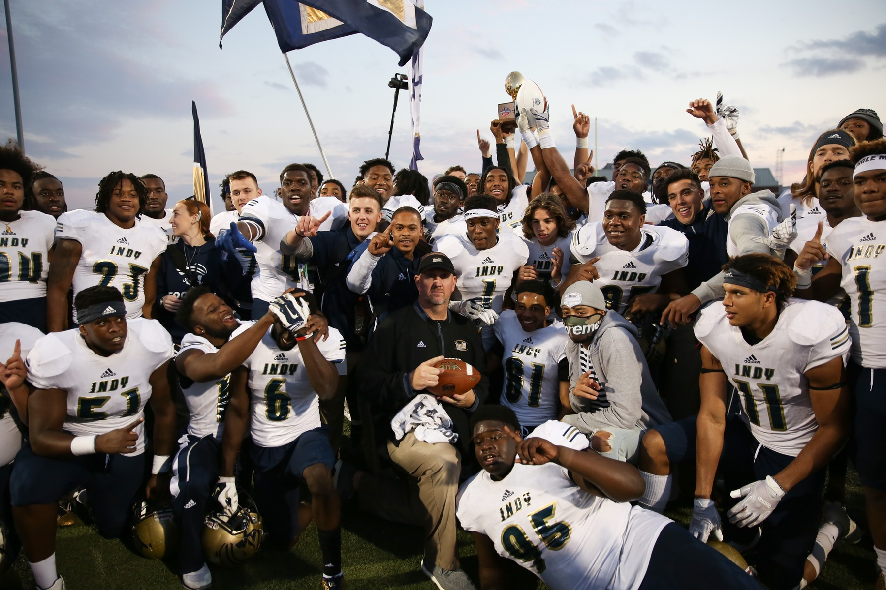 Pirates defeat Norseman, become first team in school history to take home bowl game trophy