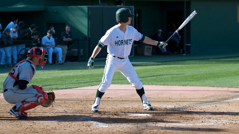 BASEBALL SPLITS DOUBLEHEADER WITH HIGHLANDERS