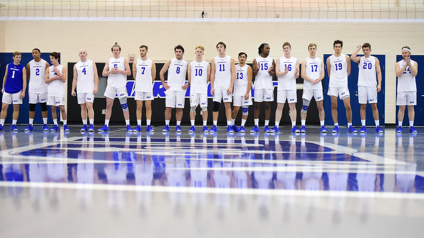 Men's Volleyball Cruises To Fifth Sweep In CVC Play, Down Royals