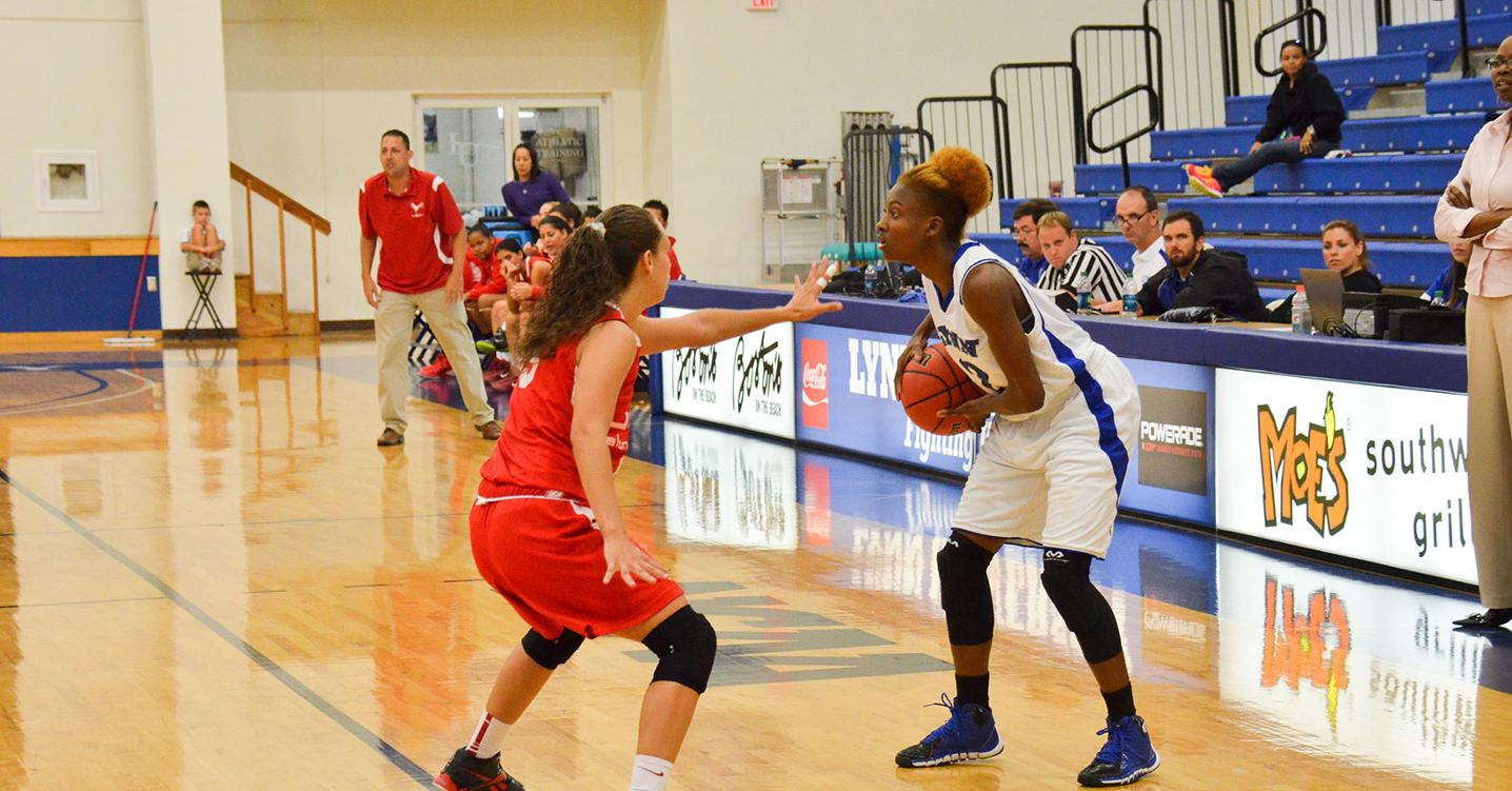 Women's Basketball Falls To The Bucs