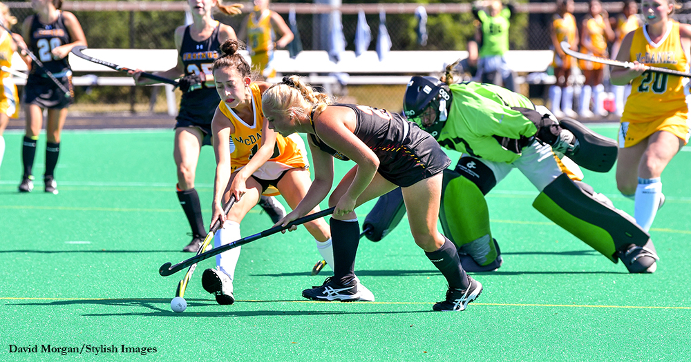 First Quarter Frenzy Leads Field Hockey to Homecoming Win