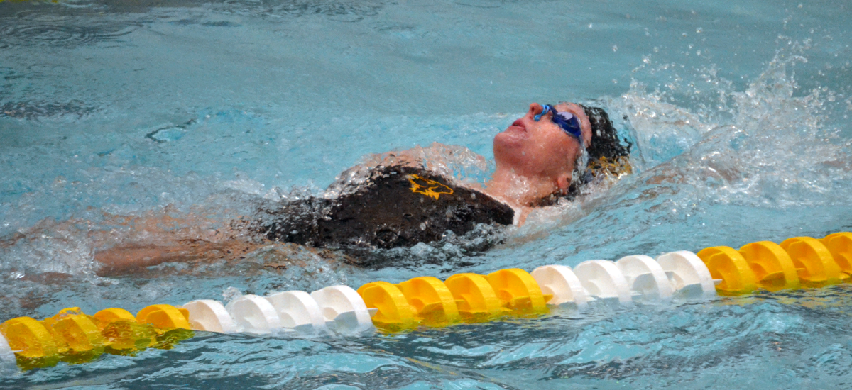 Emily Vance Breaks Own Record As Retrievers Finish Day Two at ECAC Championships