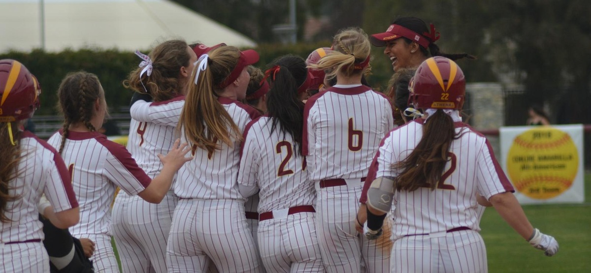 CMS celebrates a walk-off tenth inning win over Pomona-Pitzer in the opening game