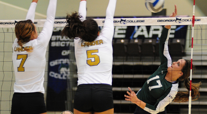 Bobcat Volleyball Falls To Lander In Five Sets