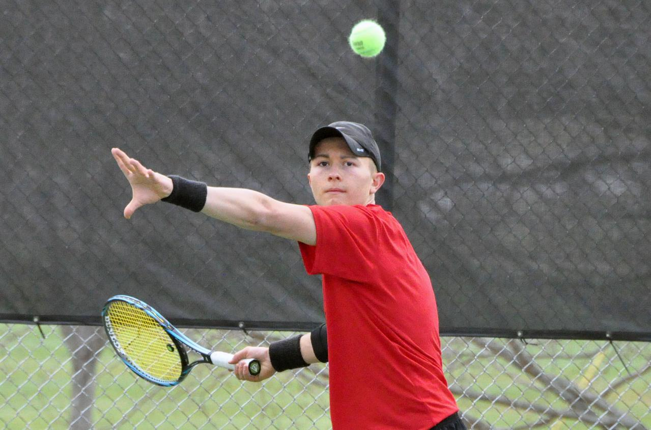 Men's Tennis: Panthers sweep Maryville 9-0 in USA South match Sunday