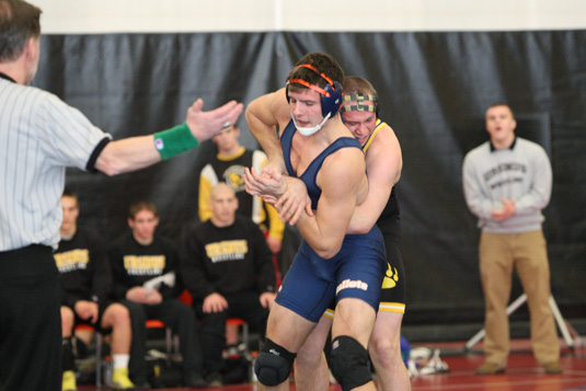 Wrestling swept at USMMA quad