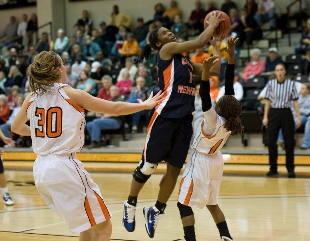 Lady Eagles' comeback falls short at Tusculum, 77-73