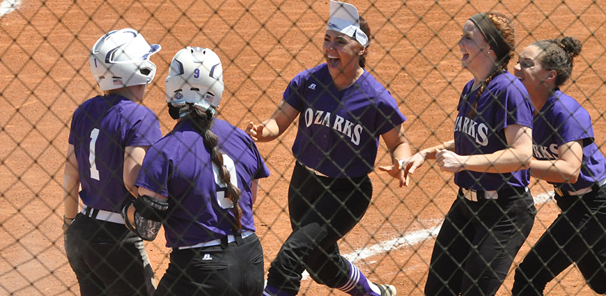 Softball Team Completes Sweep; Advances To The Playoffs