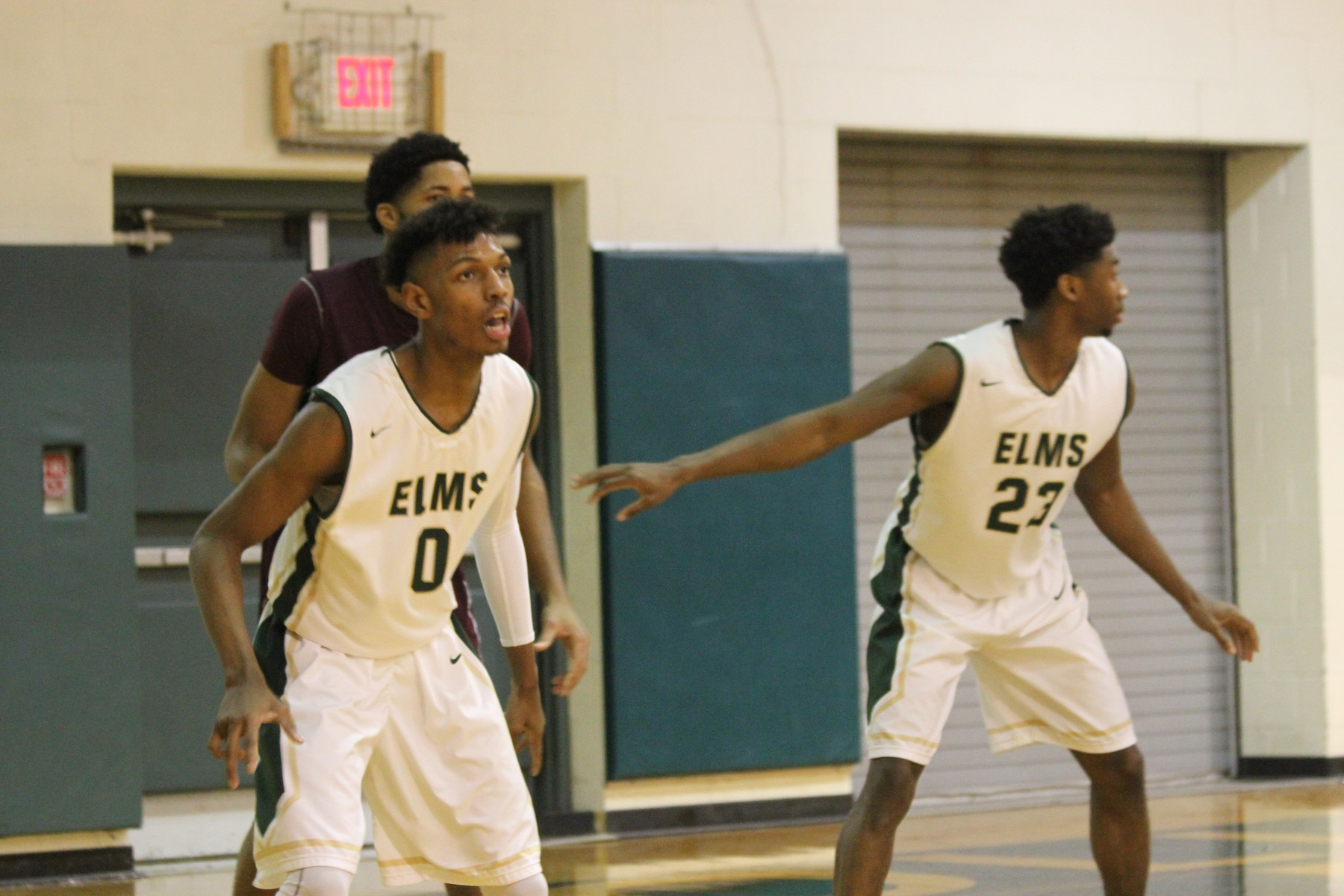 Becker Uses Second-Half Surge to Top Elms Men's Basketball