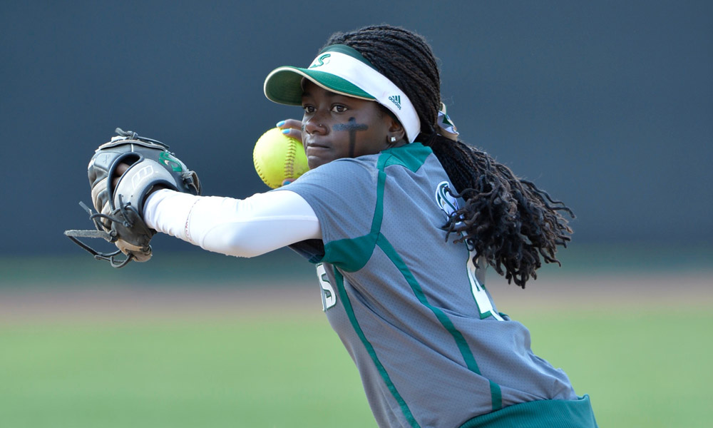 SOFTBALL DROPS SEASON-OPENING GAMES IN FIRST DAY OF PARADISE CLASSIC IN HONOLULU