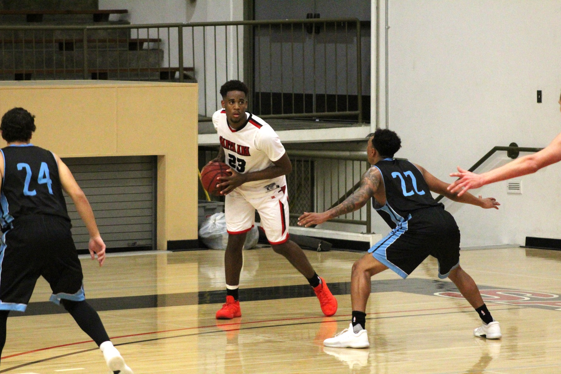 Dons Control the Paint in 73-54 Win Over Cuyamaca