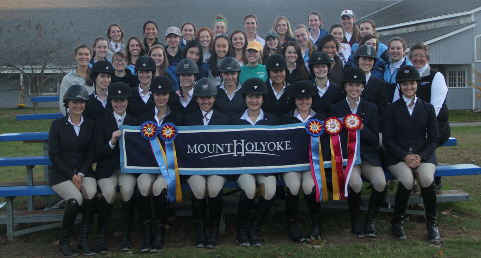 Riding Dominant in Home Show Victory