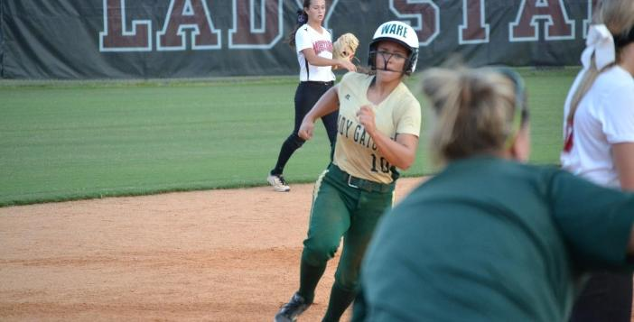 Lady Gator Split With South Effingham