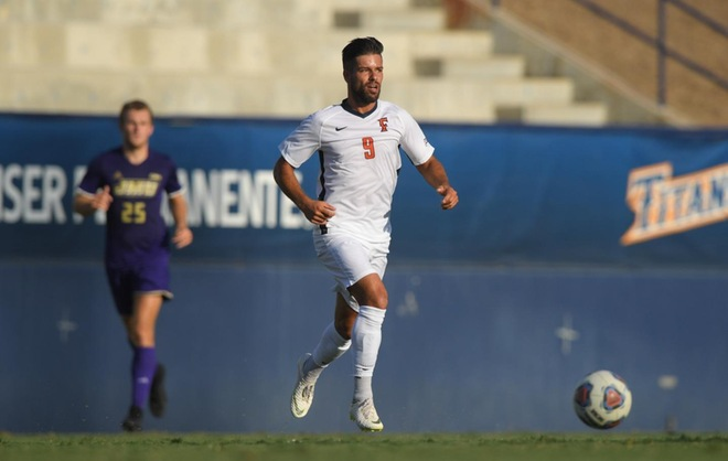 Fullerton Falls to UC Davis 2-1 on the Road