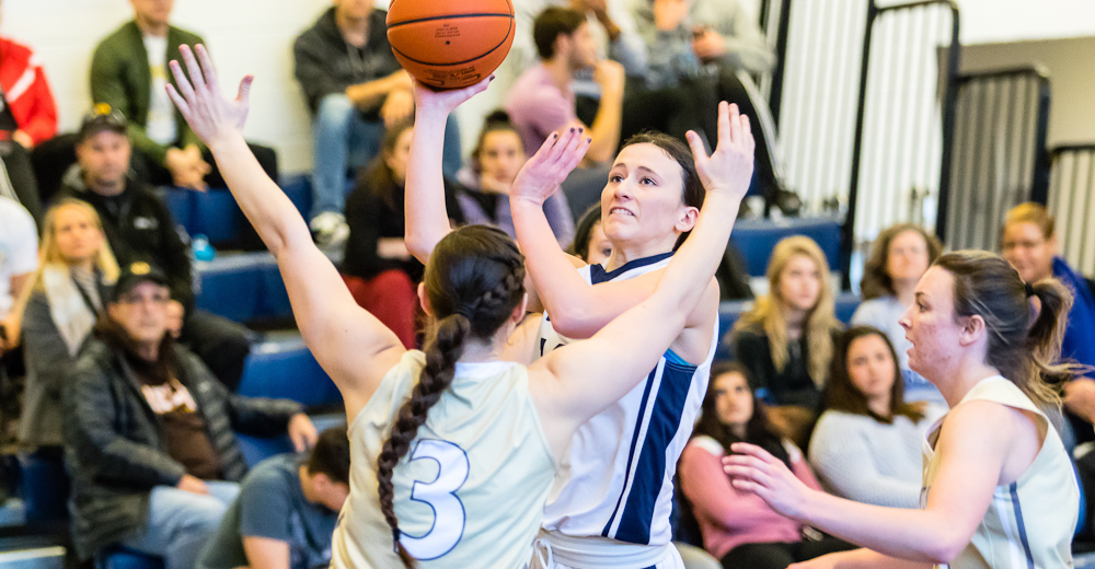 Porcasi's Double-Double Helps Women's Basketball Hold Off Purchase To Level Skyline Mark