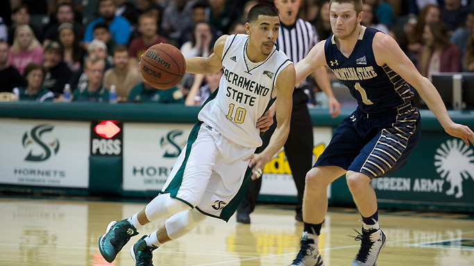 FIRST PLACE ON THE LINE IN MEN'S HOOPS GAME THURS. AT EASTERN WASHINGTON