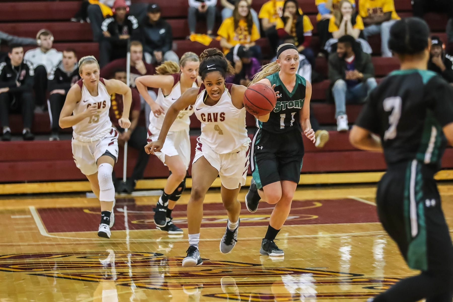 Foley's Career Night Helps Walsh Charge By Hillsdale
