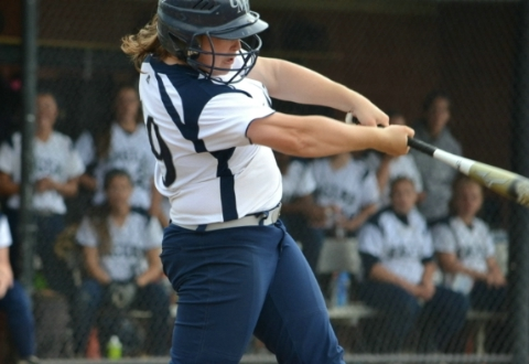UMW Softball Sweeps Wesley in CAC Twinbill