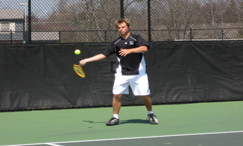 Andrew Thompson won in both singles and doubles