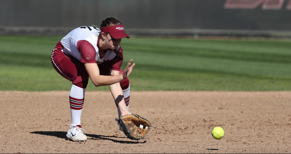 Softball Hosts Five-Team Santa Clara Round Robin