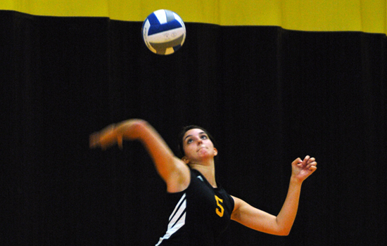 Women's Volleyball Opens 2011 Campaign