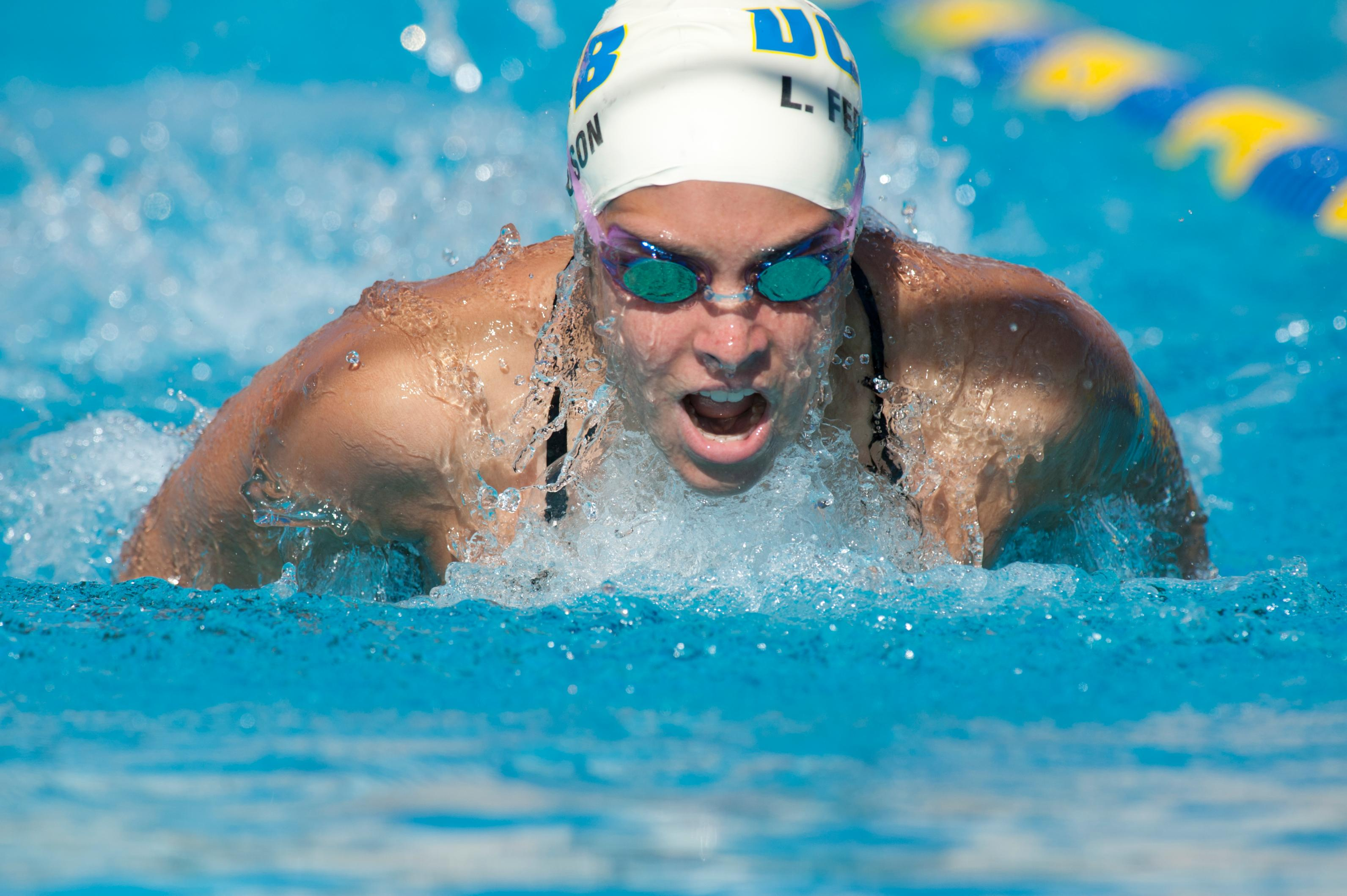 Gauchos Sweep Cal Poly in Dual Meet