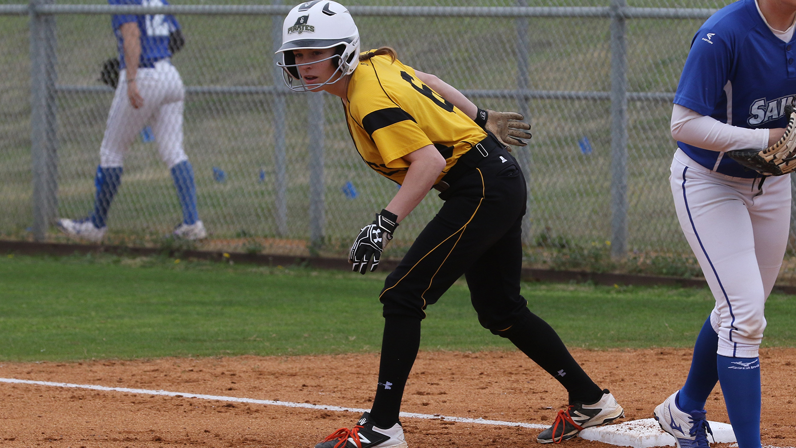 Pirates Can't Avoid Sweep to No. 2 Texas Lutheran