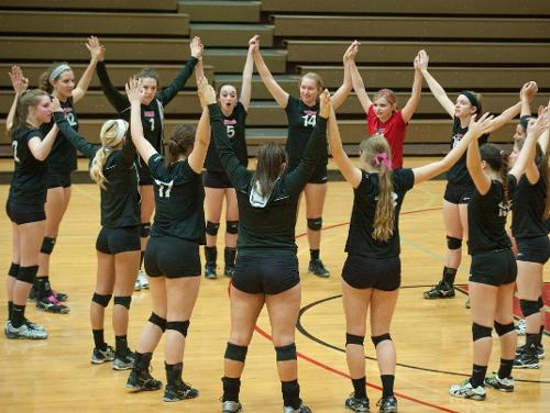Solid Offensive, Defensive Work Guides Cardinal Volleyball to Friday Wins