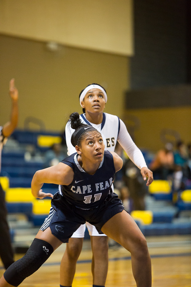 Sea Devils Roar Back, Defeat Eagles