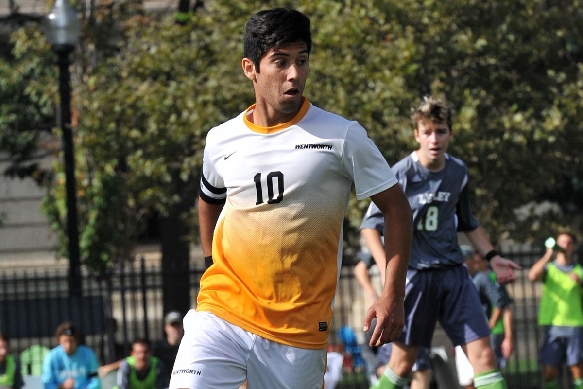 Men's Soccer Shuts Out the University of New England